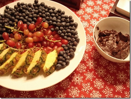 fruit and decadent chocolate avocado dip (640x480)